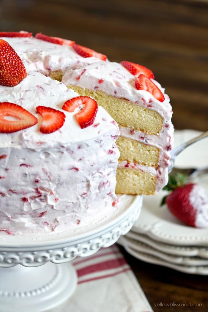 15 Luscious Strawberry Desserts I Dig Pinterest