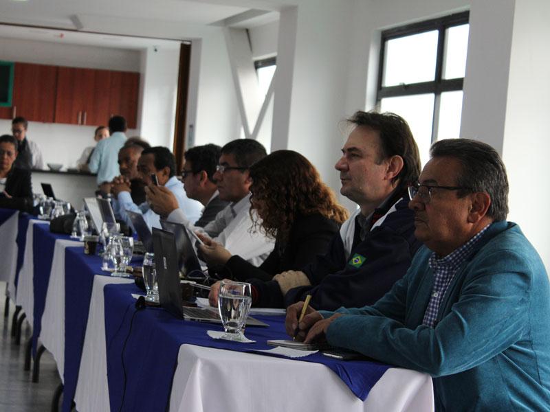 sindicatos minero-energéticos a la IndustriAll hablan de unidad