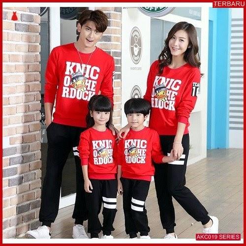 AKC019S160 Sweater Couple Duck Anak 019S160 Keluarga Merah BMGShop