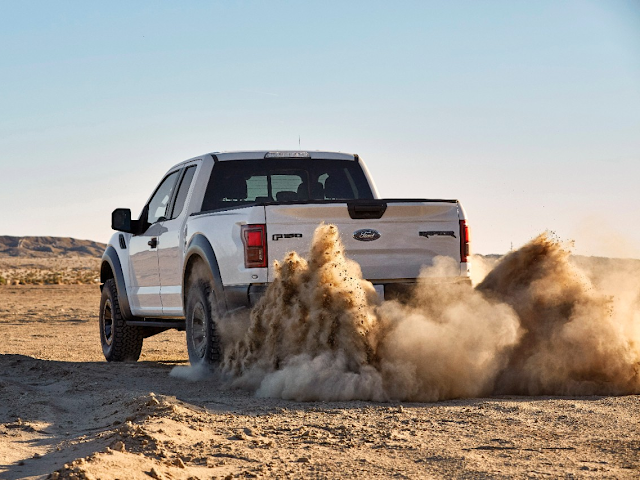 2017 Ford F-150 Raptor Comes With the Most Capable Tires Yet