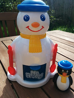 Mr Frosty and his Penguin Pal
