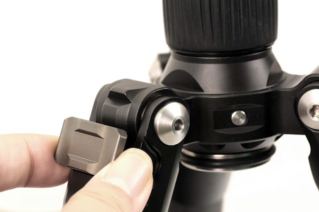 Sunwayfoto T1C40T leg angle locks