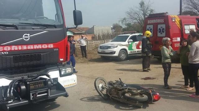 Acidente no Campo da Água Verde deixa motociclista gravemente ferida