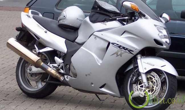 HONDA CBR 1100 XX - 310 km/jam