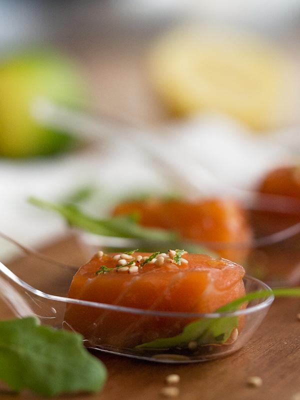 daditos-de-salmón-en-salsa-teriyaki-y-jengibre