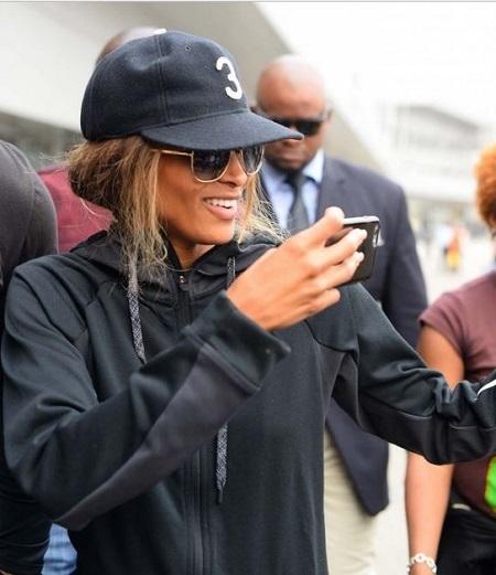 American Singer, Ciara Arrives Nigeria Ahead of Show with Darey Art Alade (Photos)