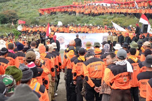 Wow ! 1500 Kader PKS Apel Hari Kesaktian Pancasila di Kawasan Gunung Bromo