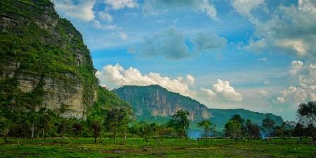 lembah harau adalah lembah harau air terjun lembah harau sumatera barat lembah harau di sumatera barat legenda lembah harau sumatera barat