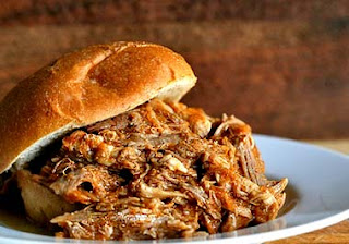 Pulled pork on sandwich bun
