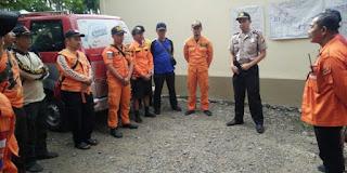 Tim SAR Gabungan Mencari Sakir Yang Nyempung di Sungai Tamelang,Purwasari Karawang