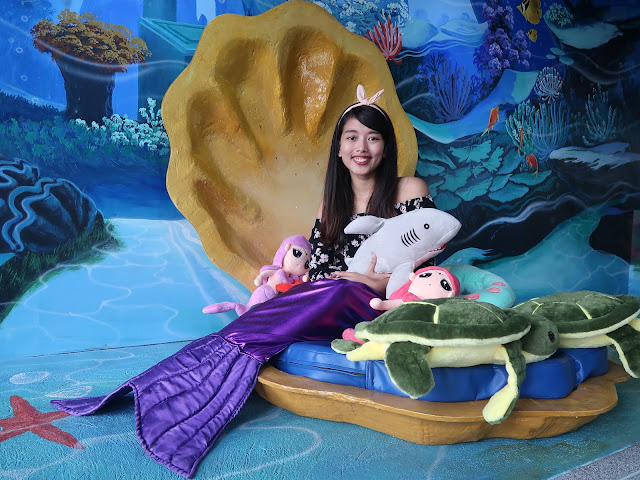 under the sea mermaid cafe philippines