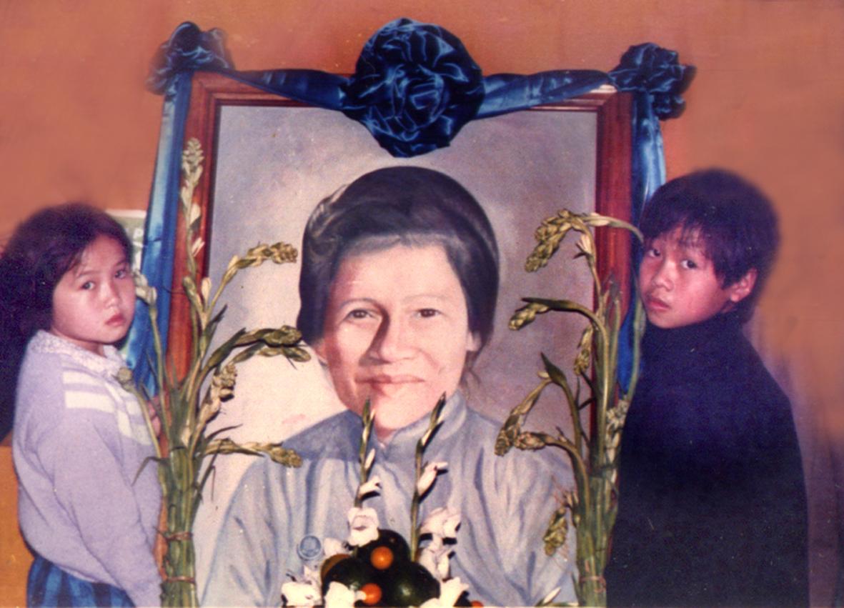 Hình Ảnh Lễ Tang Chị Tâm Chánh Hoàng Thị Kim Cúc - Lễ Tang Quy Mô Lớn Tại  Huế Sau 1975 Do Gđpt Việt Nam Tổ Chức