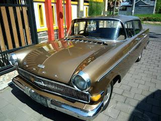 LAPAK MOBIL KLASIK Opel Kapitan 1961 Istimewa