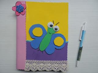 Libreta infantil decorada con goma eva