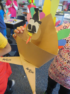 Examples of Cross Legged Critter turkeys with instructions on how to make them.  Perfect for the month of November - from I Want to be a Super Teacher