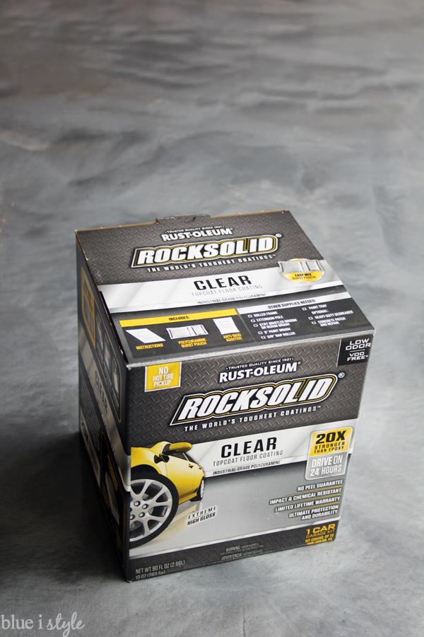 Anti-slip clear top coat for metallic garage floor