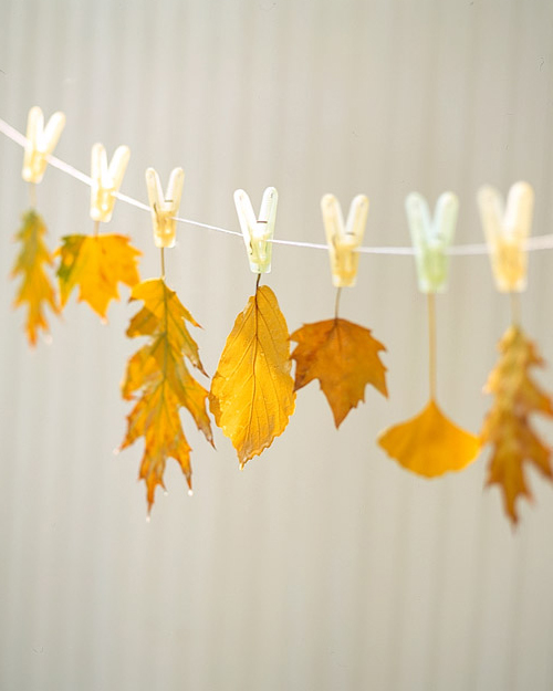 This string of hanging leaves is a fun way to decorate for autumn.