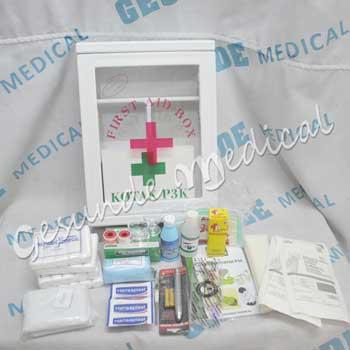 grosir box p3k