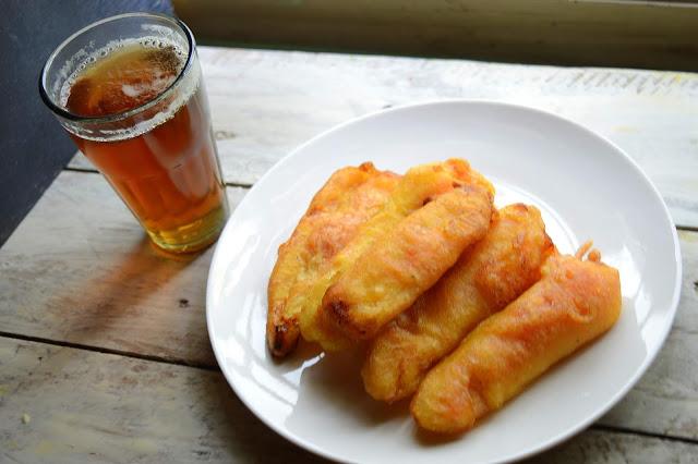 Pazham Pori | Ethakka Appam | Banana Fritters | Kerala Recipe