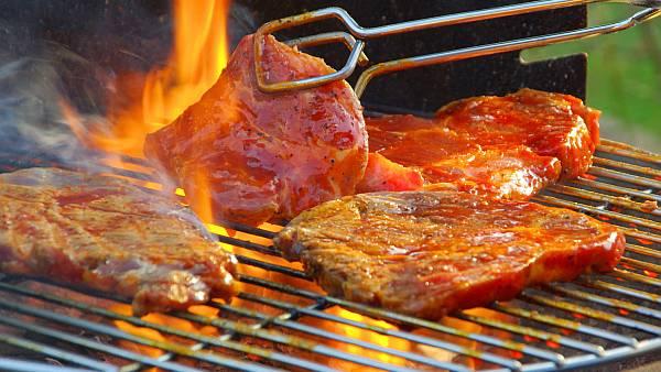 Tips Pintar Memanggang Masakan dengan Arang