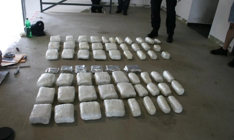 Albanian family caught with 23 packs of marijuana at Montenegro border