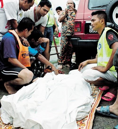Zmsegamat: 3 Korban Banjir Di Kelantan (utusan Malaysia