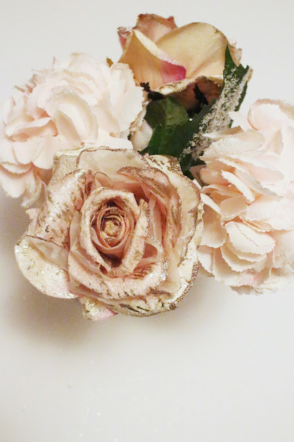 How to Create a Sophisticated Blush Floral Arrangement | City of Creative Dreams