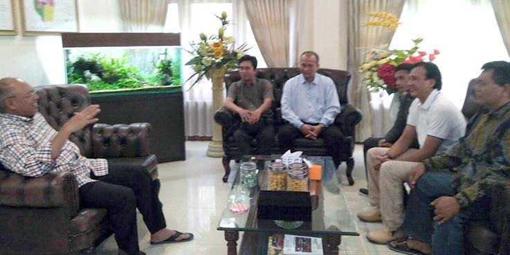 Para pengurus Malang Media Community (MMC) saat beraudiensi dengan Bupati Malang Dr. H Rendra Kresna.