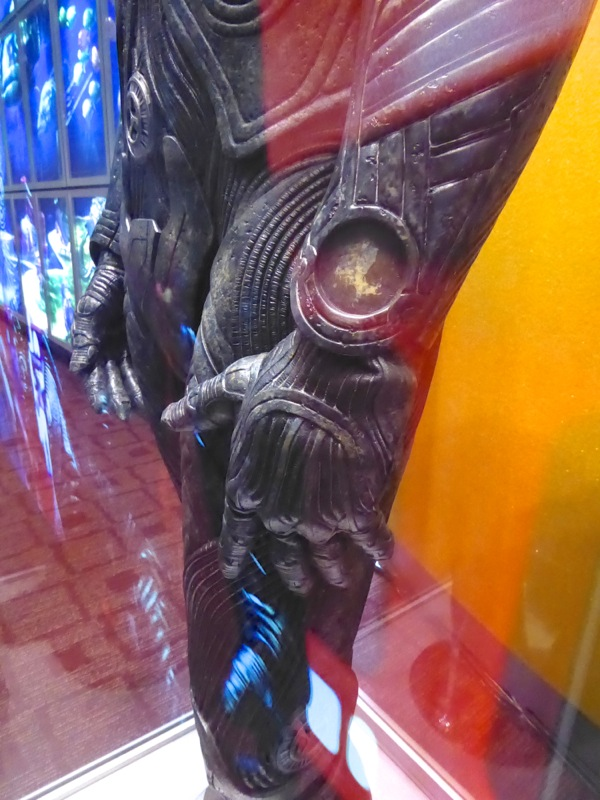 Krall gauntlet costume detail Star Trek Beyond