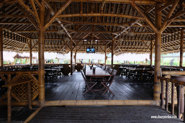 Saung Diatas Kolam Ikan Mang Engking Cabang Pandaan - Food, Travel And Lifestyle Blog