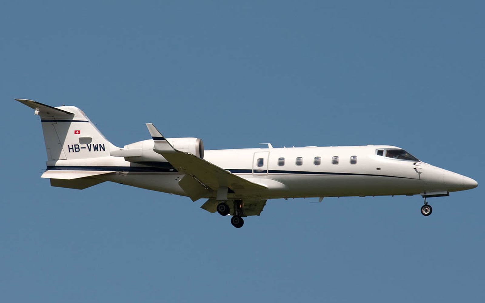 Download Free 3d Wallpapers For Windows 8 Wallpapers Bombardier Learjet 60 Wallpapers