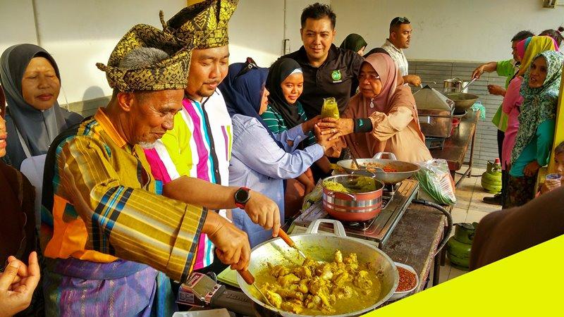 Jelajah Budaya Nusantara Riau Bersama Warga Malaysia