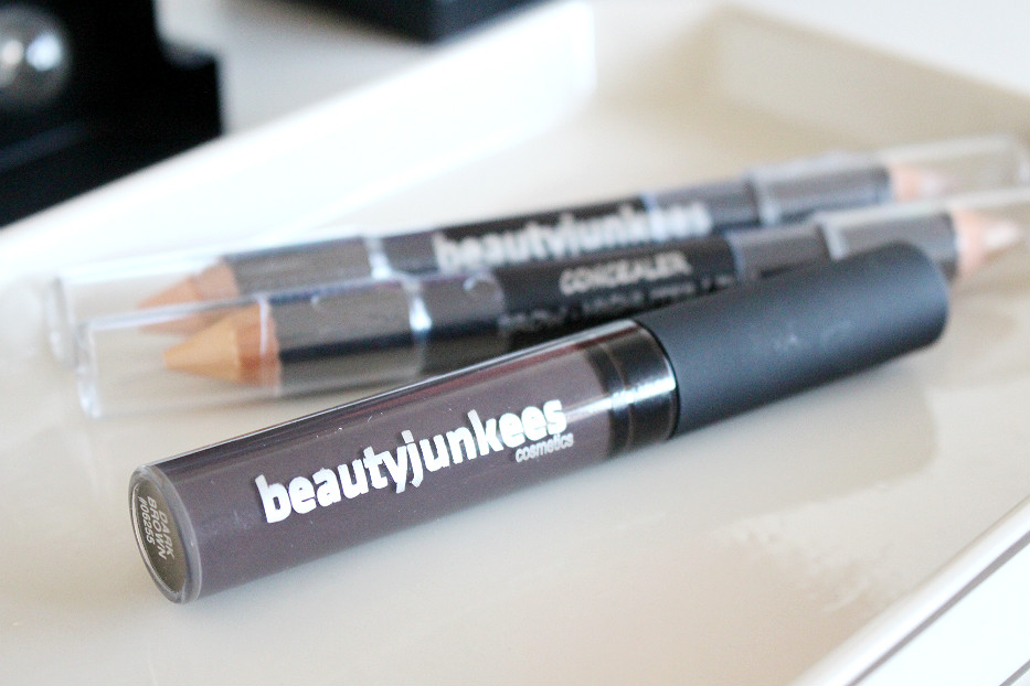 beauty junkees tinted brow gel
