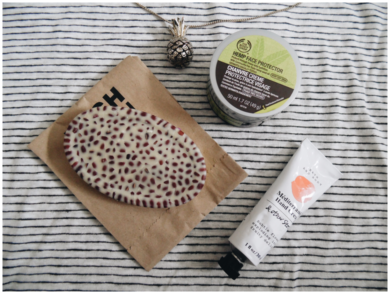 beauty | favorite three beauty products | may 2016 | the body shop hemp face protector, lush wiccy magic muscles, & other stories méditerranéen hand cream | more details on my blog http://junegold.blogspot.de | life & style diary from hamburg | #beauty #bodyshop #lush #andotherstories #otherstories #facecream #massagebar #handcream