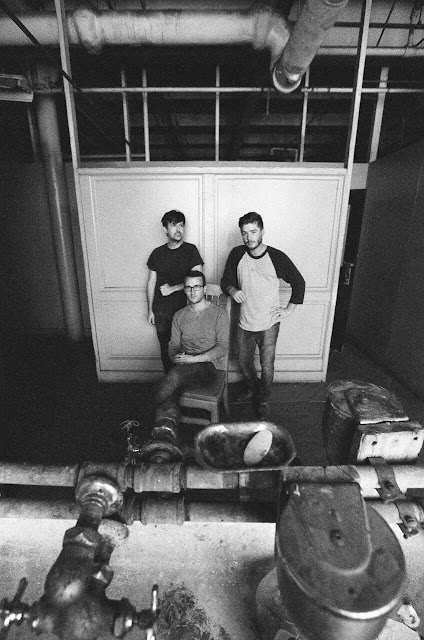 """""""Sewer Cap"""" by the alt folk outfit Jailbox takes beautiful breaths"""
