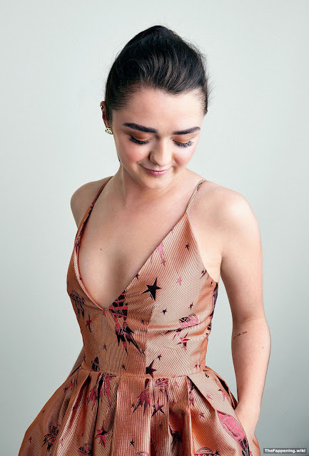 26494 - GOT's Arya Stark-Sexy Images|Top 40 Seducing Pictures Of Maisie Williams will surely surprise you