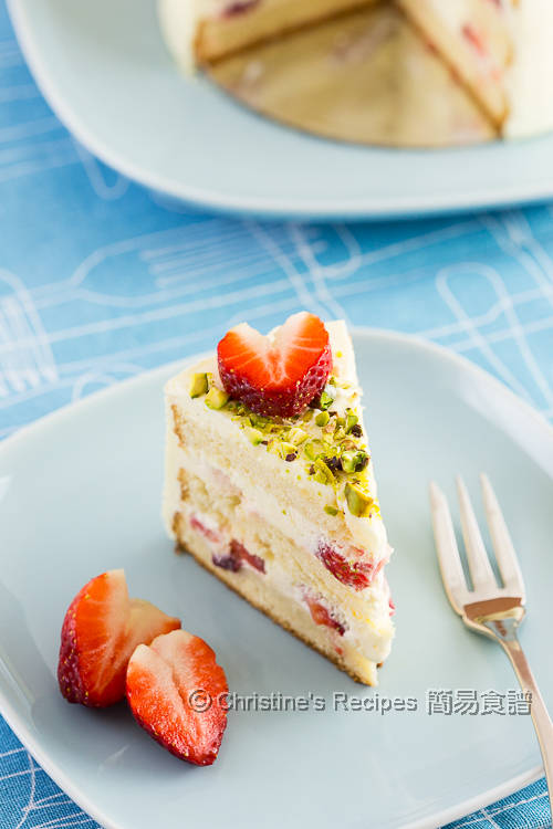 Strawberry Cream Cake03