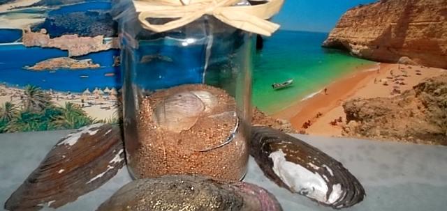 DIY Deko mit Strandgut und Postkarten aus dem Urlaub