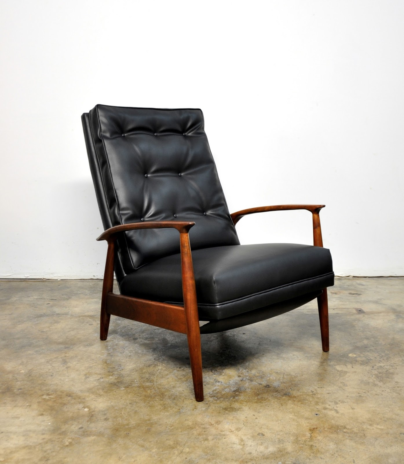 Select Modern Milo Baughman For James Inc Recliner