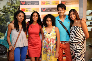 South Actress Shruti Hassan at Phoenix Marketcity
