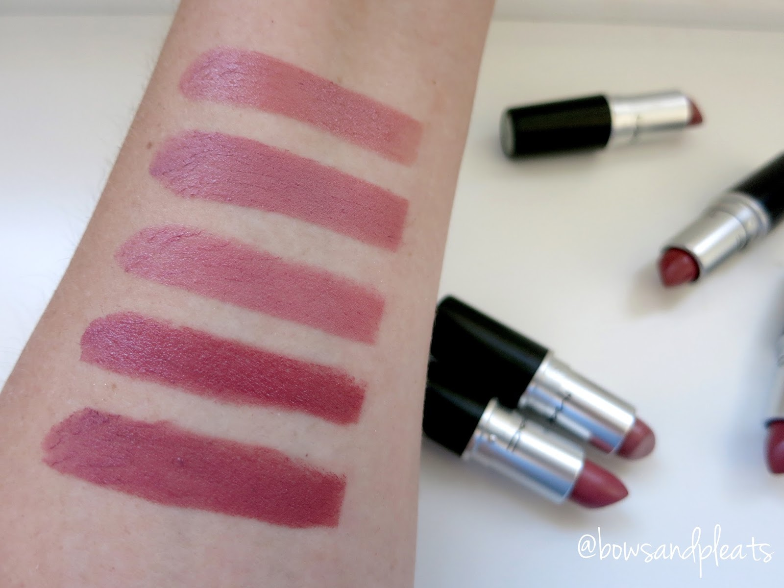 Mac Cosmetics Lipstick Swatches in Modesty, Faux, Brave, Fast Play and Twig