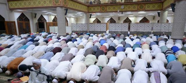 Tuntunan Sholat Tarawih, Lengkap dengan Doa Setelah Tarawih