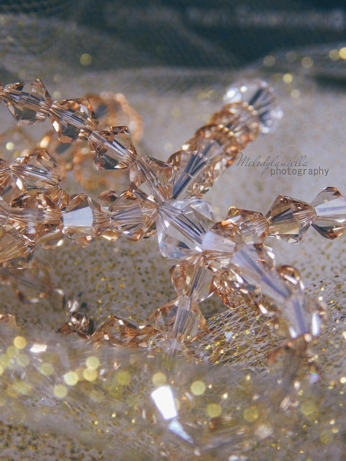 18 biżuteria M piotrowski recenzje kryształy swarovski przegląd opinie recenzje jak dobrać biżuterie modna biżuteria stylowe dodatki kryształy bransoletka z kokardką naszyjnik z kokardą złoto srebro fashion