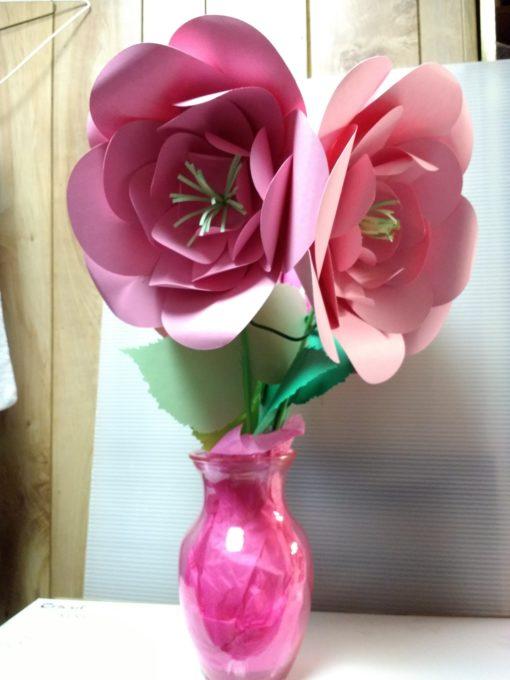 Manualidades flores gigante hechas en cartulina