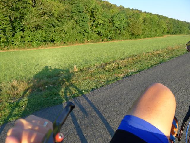 De Paris à la Rochelle en vélo couché, Vallée du Loir de bon matin