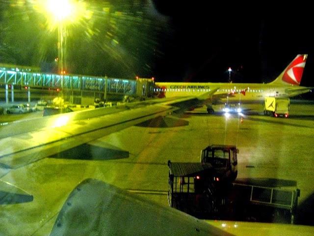 Samolot CZECH AIRLAINES na lotnisku w Pradze (Czechy)