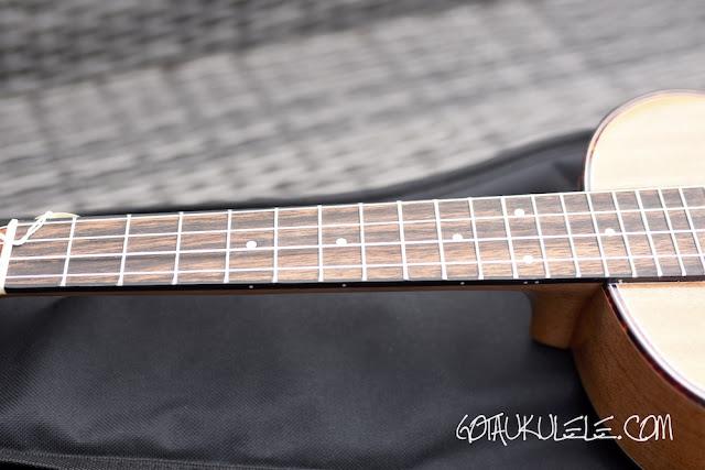 VTAB FL-T15 Tenor ukulele fingerboard
