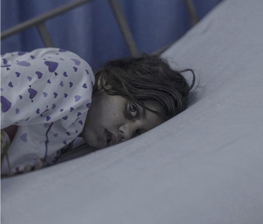 Photographer Reveals The Heartbreaking Places Syrian Refugee Children Sleep - Maram, 8 years old, Amman