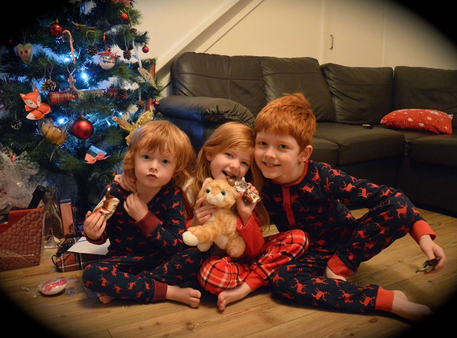 if you live in the north east why not join over 1000 other parents and join our facebook group dedicated to those who love christmas and live in north east - Children Christmas Pictures 2