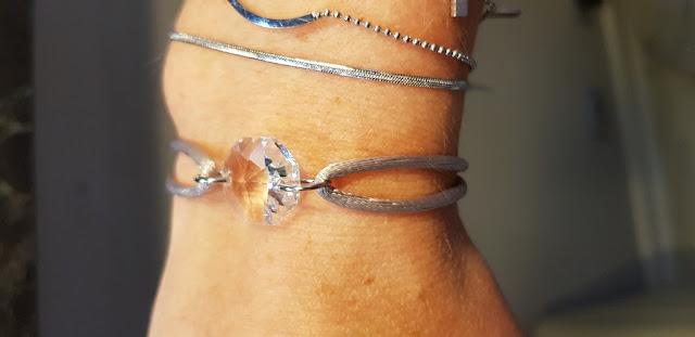 Comment je crée mon bracelet en cristal selon mes goûts!